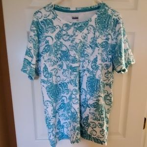 XL Short Sleeve Top By Basic Editions